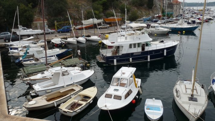 Beneteau boat for rent in Šibenik region