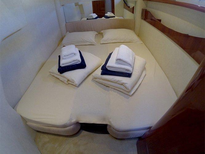 Discover Šibenik region surroundings on this Fairline Targa 52 GT Fairline Boats boat