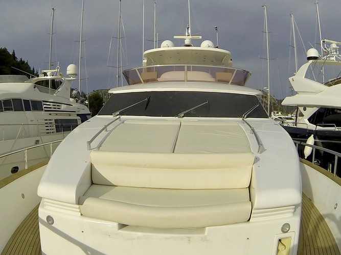 102.0 feet Horizon Yachts Co.Ltd in great shape