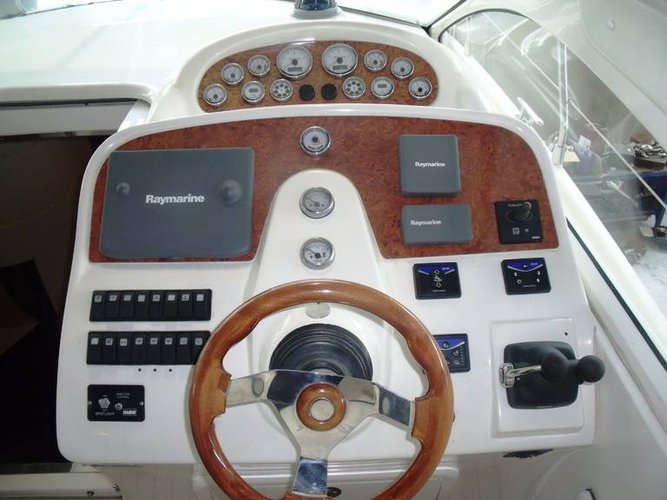 Motor yacht boat for rent in Liguria