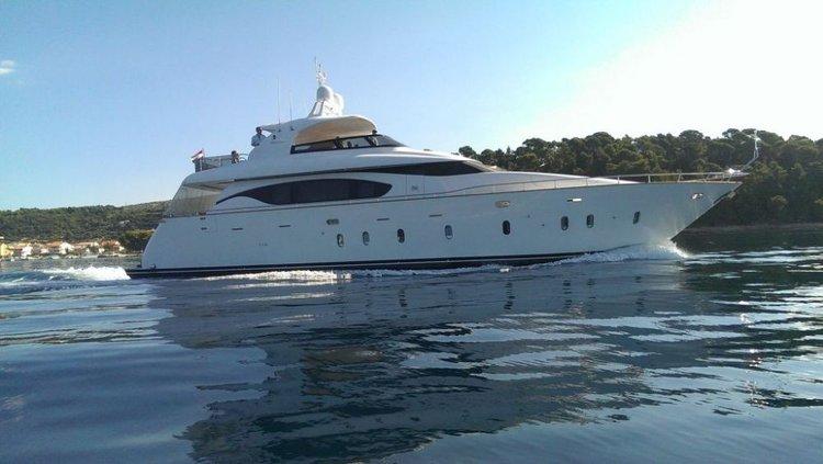 Motor yacht boat rental in Marina Kastela, Kastela,