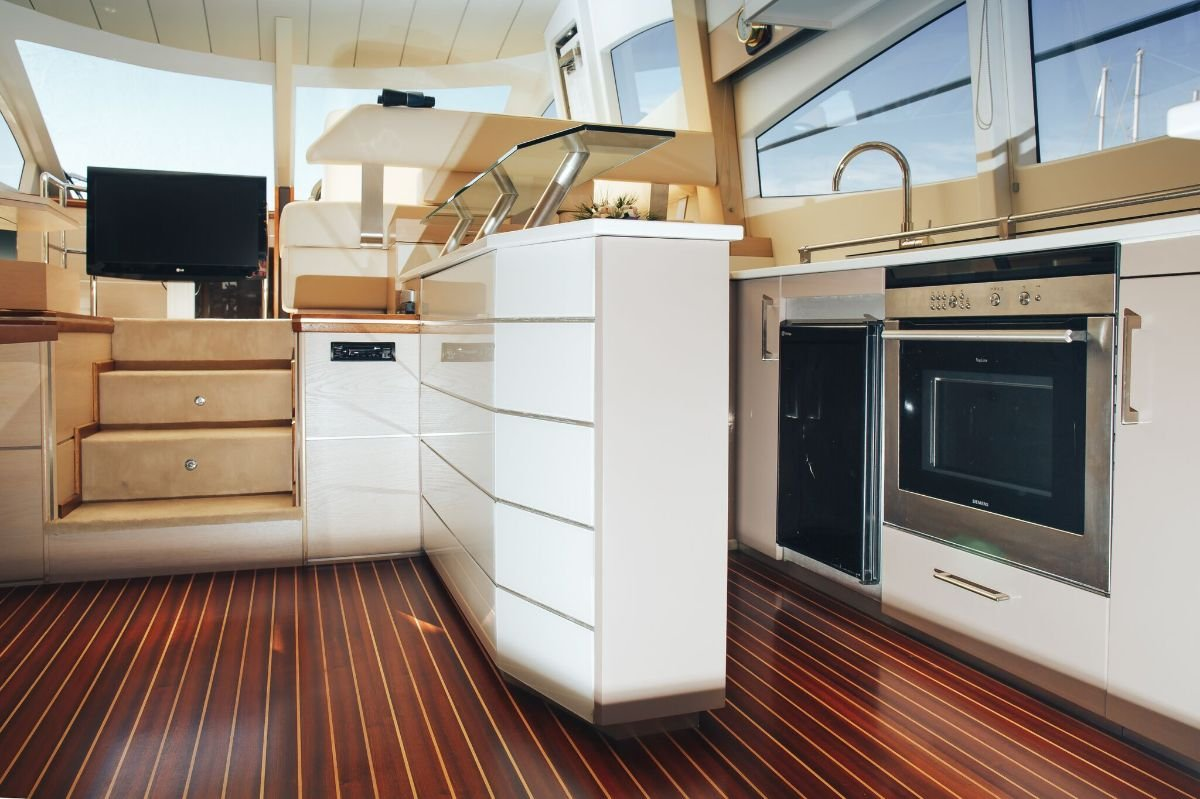 Luxury boat rentals Saronic Gulf, GR | PR Germany Motor yacht 6520
