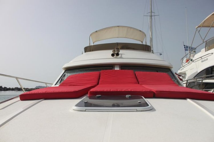 Princess Yachts's 39.0 feet in Peloponnese