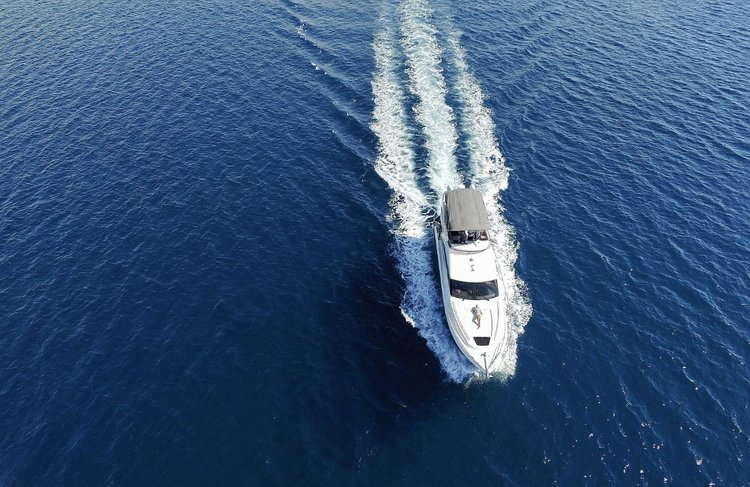 Discover Zadar region surroundings on this Princess 56 Princess Yachts boat