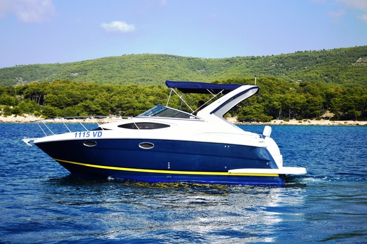 29.0 feet Regal Boats in great shape