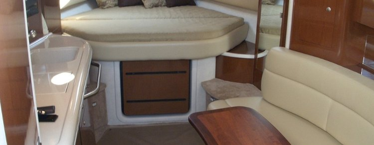 Charter 37' Sea Ray Sundancer Motor Yacht
