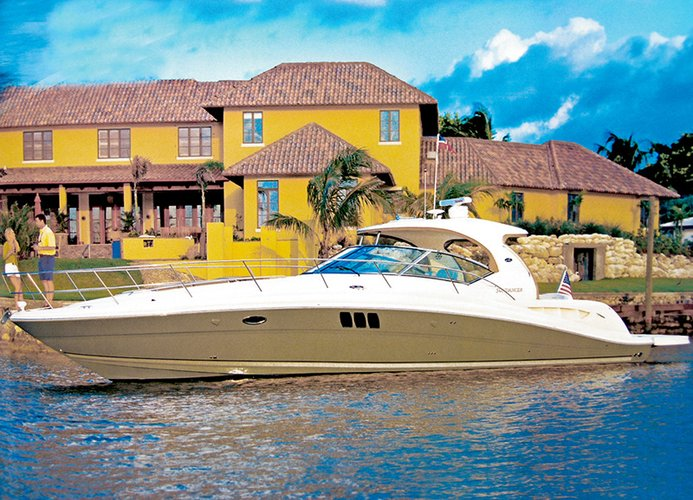 Discover Šibenik region surroundings on this Sea Ray 455 Sea Ray Boats boat