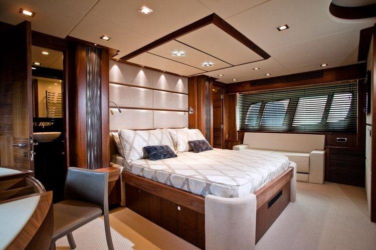 Motor yacht boat rental in Marina Tribunj,