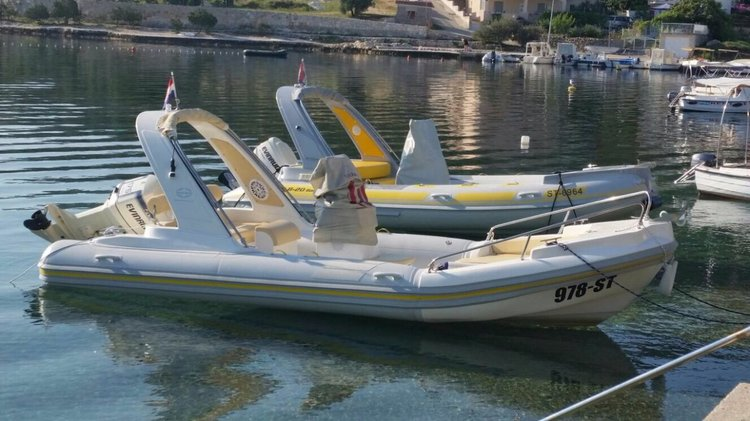 Enjoy Split region in style on our Inmark Marine