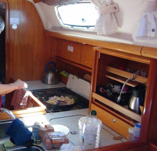 Boat for rent Bavaria Yachtbau 34.0 feet in Cyclades, Greece