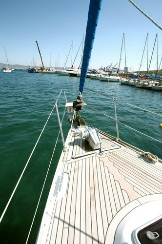 Discover Cyclades surroundings on this Bavaria 39 Cruiser Bavaria Yachtbau boat