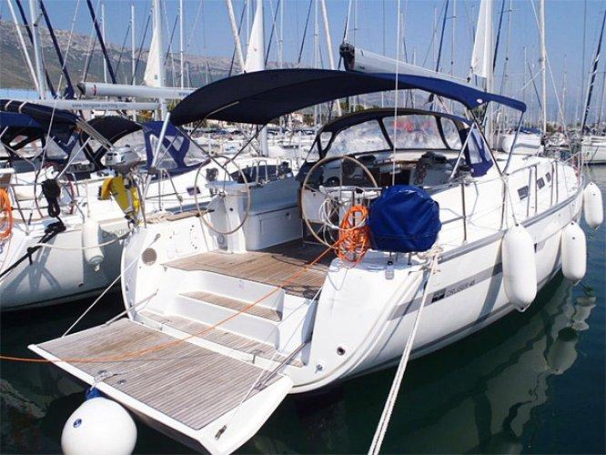 Jump aboard this beautiful Bavaria Yachtbau Bavaria Cruiser 45