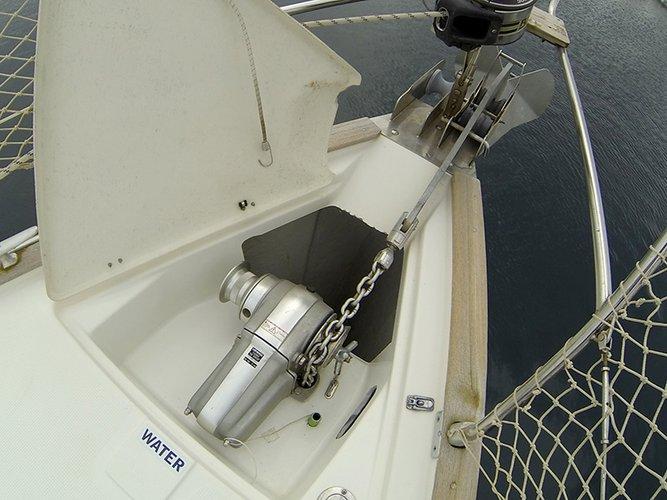 Discover Šibenik region surroundings on this Bavaria 46 Cruiser Bavaria Yachtbau boat