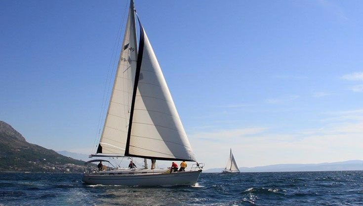 This 50.0' Bavaria Yachtbau cand take up to 12 passengers around Split region