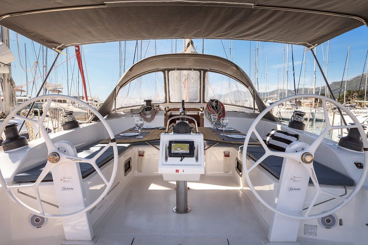 Jump aboard this beautiful Bavaria Yachtbau Bavaria Cruiser 51