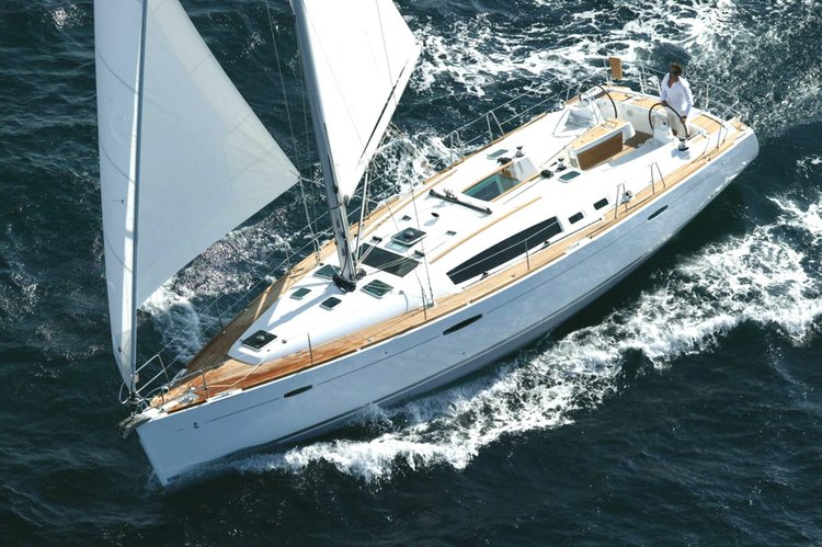 Unique experience on this beautiful Bénéteau Oceanis 40