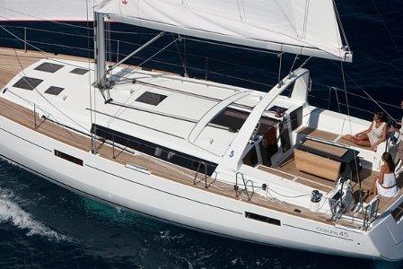 Charter 45' Beneteau OceanisSailboat