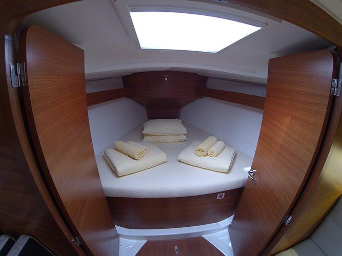 Dufour Yachts's 33.0 feet in Šibenik region
