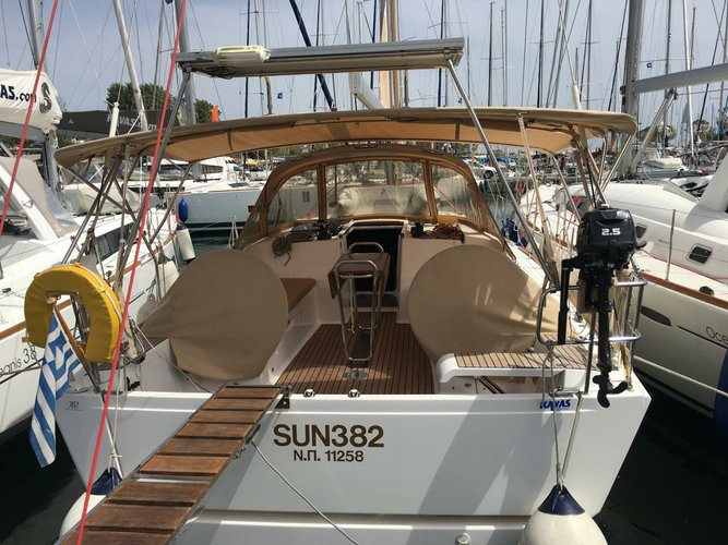 Dufour Yachts's 36.0 feet in Saronic Gulf