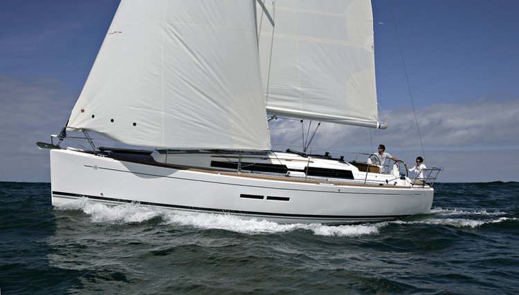 36.0 feet Dufour Yachts in great shape