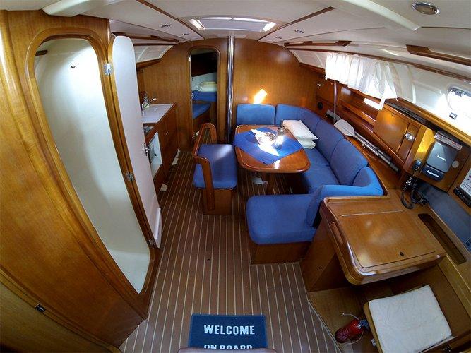 This 38.0' Dufour Yachts cand take up to 8 passengers around Šibenik region