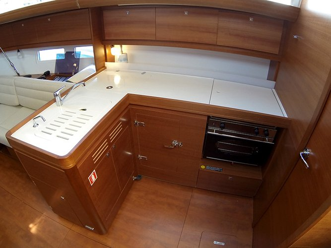 Discover Šibenik region surroundings on this Dufour 412 GL Dufour Yachts boat