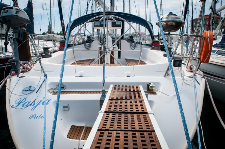 45.0 feet Dufour Yachts in great shape