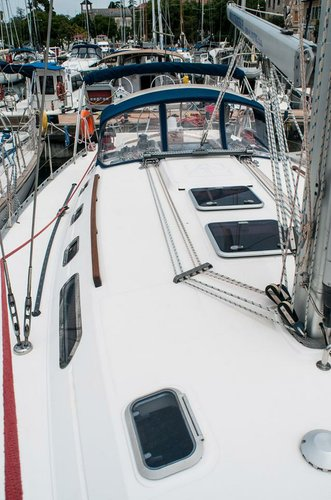 Boat for rent Dufour Yachts 45.0 feet in Marina Tankerkomerc, Zadar,