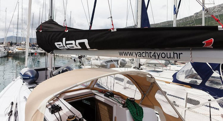 Discover Split region surroundings on this Elan E3 Elan Marine boat