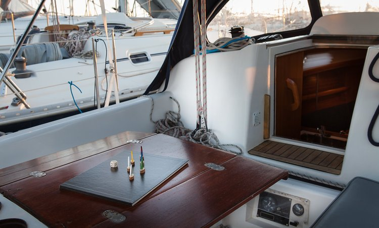 Discover Split region surroundings on this Elan 333 Elan Marine boat