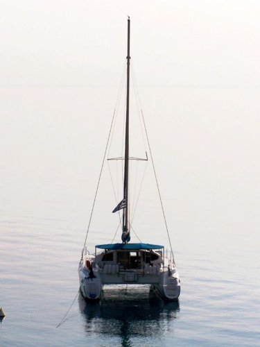 This 38.0' Fountaine Pajot cand take up to 8 passengers around Saronic Gulf