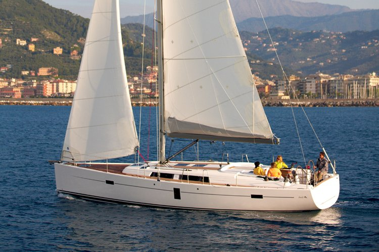 Boating is fun with a Hanse Yachts in Šibenik region