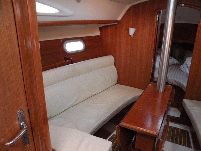 Boat for rent Jeanneau 31.0 feet in Lefkas - Marina Lefkas,