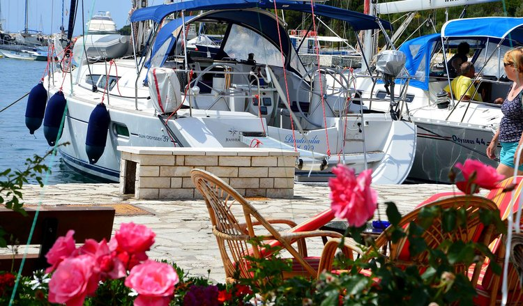 Boat for rent Jeanneau 38.0 feet in Corfu (Gouvia marina), Greece