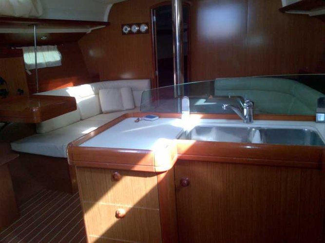 Boat for rent Jeanneau 42.0 feet in Sardinia, Italy