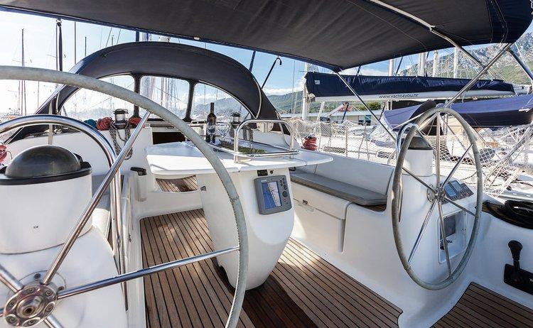 Boat for rent Jeanneau 43.0 feet in Marina Kastela, Kastela,