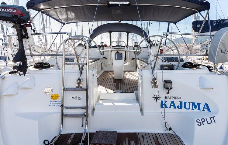 Discover Split region surroundings on this Sun Odyssey 43 Jeanneau boat