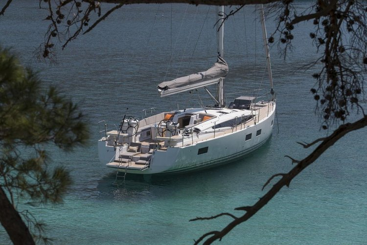 Discover Šibenik region surroundings on this Jeanneau 54 Jeanneau boat