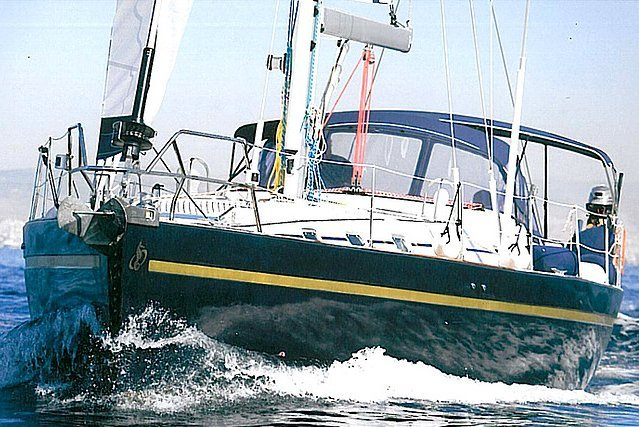 Cruiser boat for rent in Saronic Gulf