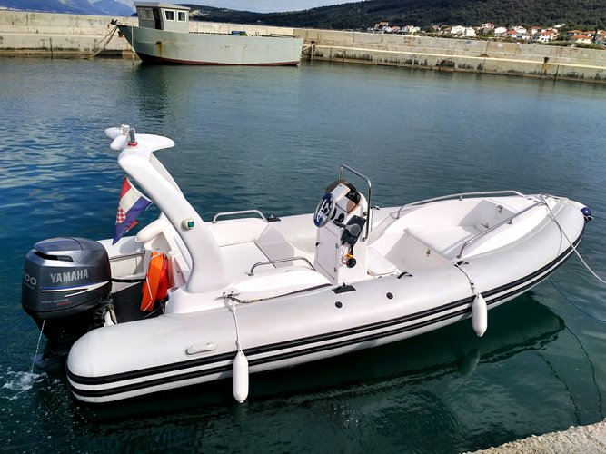 Boating is fun with a Rigid inflatable in Split region