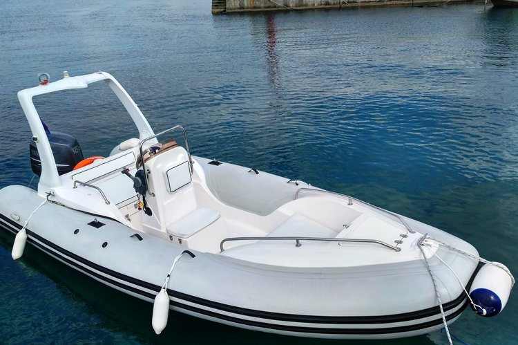 Up to 7 persons can enjoy a ride on this Rigid inflatable boat