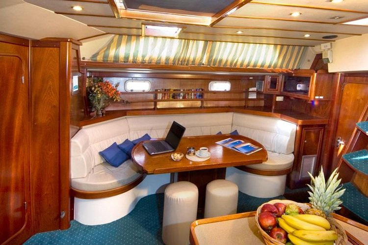 Discover Saronic Gulf surroundings on this CUSTOM 55 ATLANTIC boat