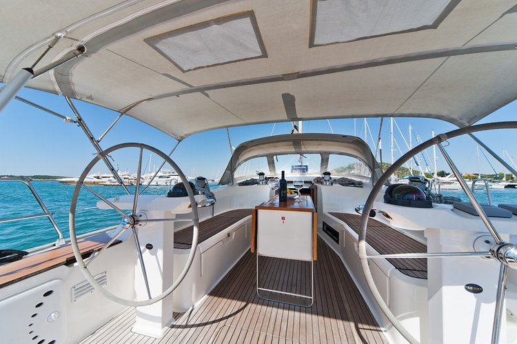 This 51.0' Bavaria Yachtbau cand take up to 11 passengers around Šibenik region