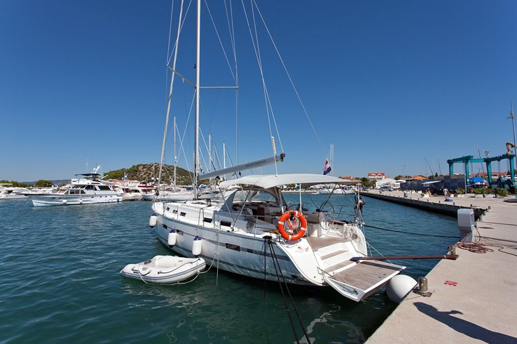 Discover Šibenik region surroundings on this Bavaria Cruiser 50 Bavaria Yachtbau boat