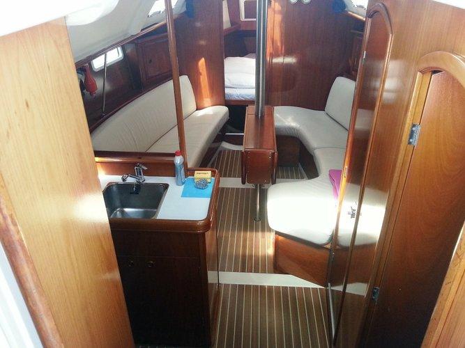 Other boat rental in Marina Betina, Murter,