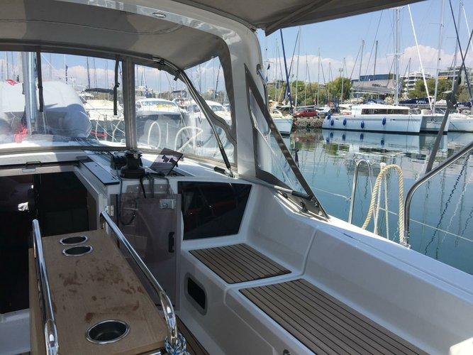 Boat for rent Bénéteau 40.0 feet in Athens - Marina Alimos (Kalamaki), Greece