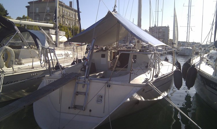 Boat for rent Elan Marine 32.0 feet in Marina Tankerkomerc, Zadar, Croatia