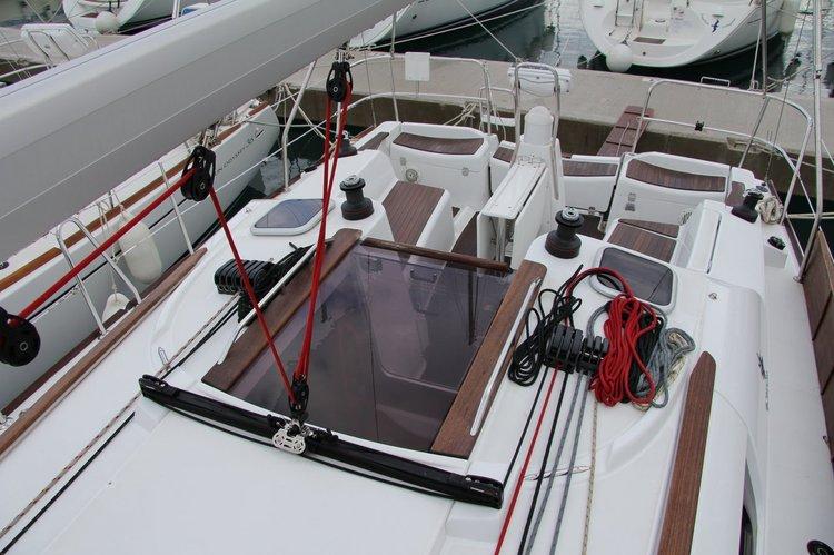 Jeanneau's 35.0 feet in Split region