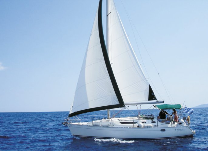 "3 Cabin ""user friendly"" yacht with local skipper"