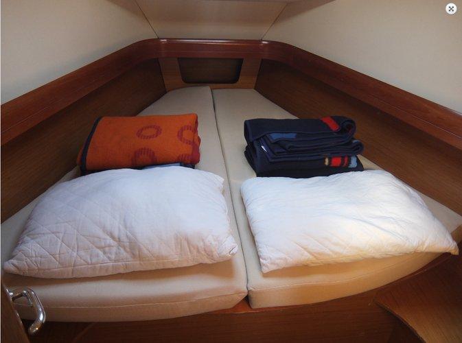 Discover Zadar region surroundings on this Sun Odyssey 39i Jeanneau boat